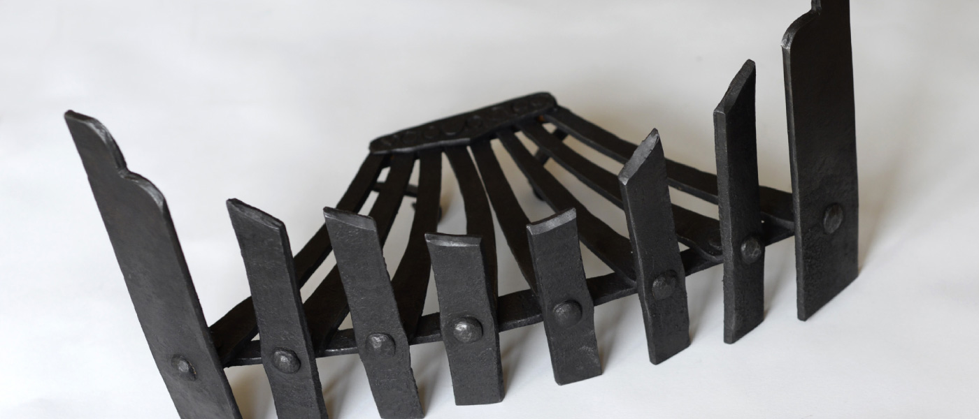 Blacksmith forged fire grate