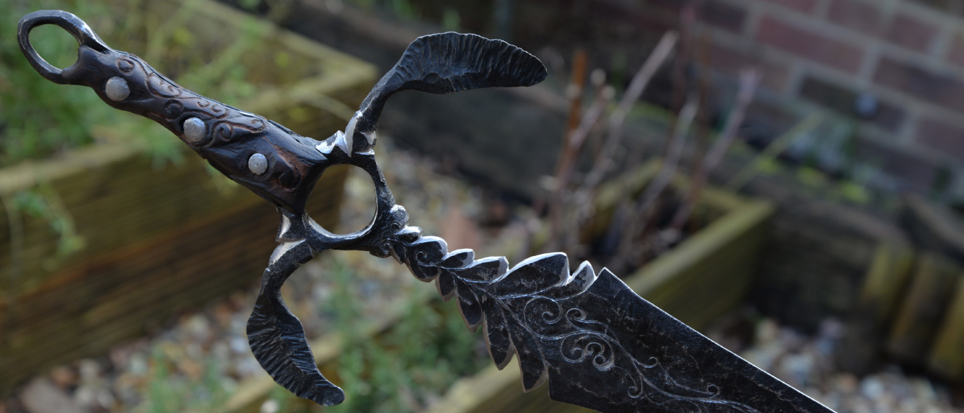 Petefire – blacksmith forged decorative sword